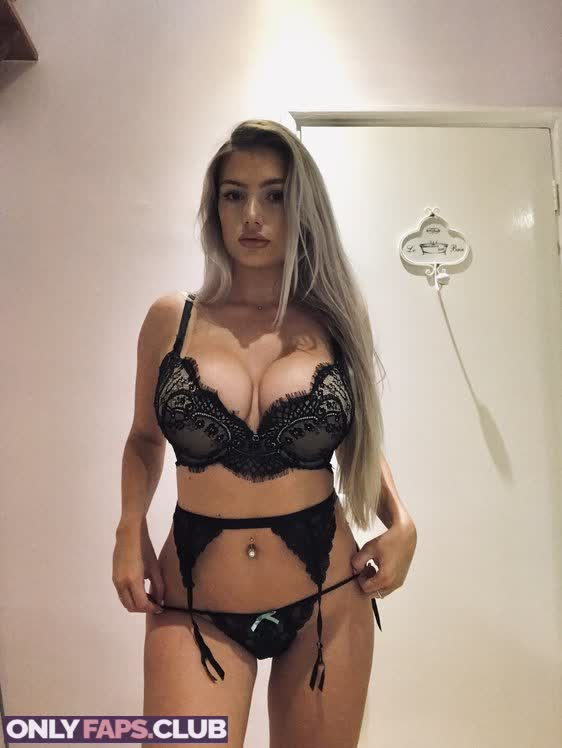 Lucy Nicholson OnlyFans Leaks (49 Photos)